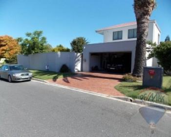 3 Bedroom House For Sale In Flamingo Vlei, West Coast