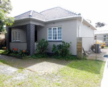 3 Bedroom House For Sale In Southern Suburbs