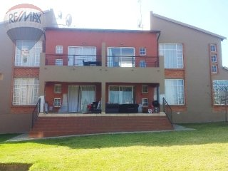 2 Bedroom Apartment For Sale In Laser Park, Johannesburg