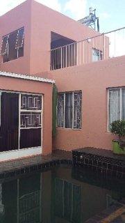 4 Bedroom House For Sale In Roodekrans, Johannesburg