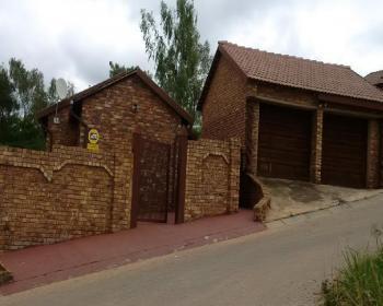 3 Bedroom House For Sale In Northern Pretoria, Pretoria