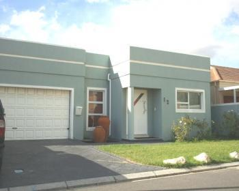 3 Bedroom House For Sale In Parklands, West Coast