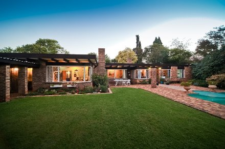 3 Bedroom House For Sale In Observatory, Johannesburg