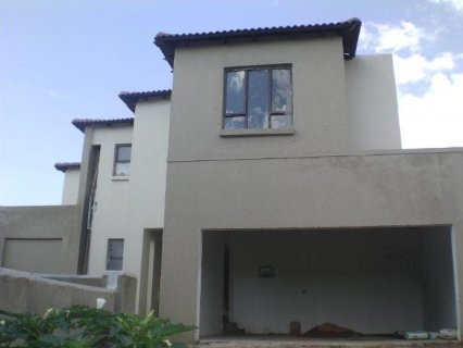 3 Bedroom House For Sale In Radiokop, Johannesburg