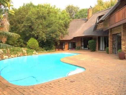 6 Bedroom House For Sale In Bryanston, Johannesburg