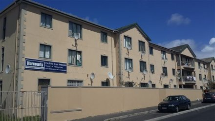 2 Bedroom Apartment For Sale In Wynberg, Southern Suburbs