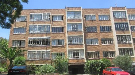 1 Bedroom Apartment For Sale In Parktown, Johannesburg