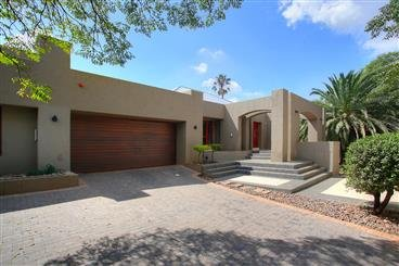 4 Bedroom House For Sale In Observatory, Johannesburg