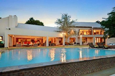 4 Bedroom House For Sale In Bryanston, Johannesburg