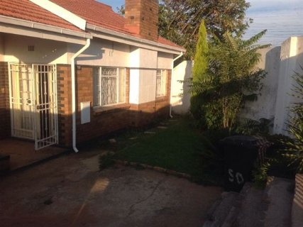 3 Bedroom House For Sale In Diepkloof, Johannesburg