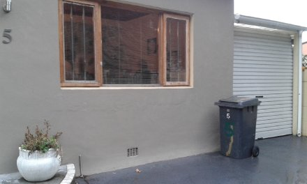 2 Bedroom House For Sale In Kenilworth, Southern Suburbs