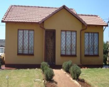 2 Bedroom House For Sale In Ennerdale Johannesburg