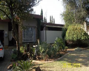 3 Bedroom House For Sale In Benoni, East Rand