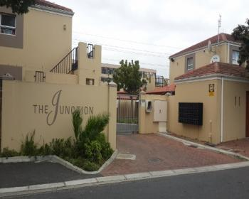 2 Bedroom Flat For Sale In Athlone Cape Flats