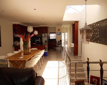 4 Bedroom House For Sale In Blouberg, West Coast