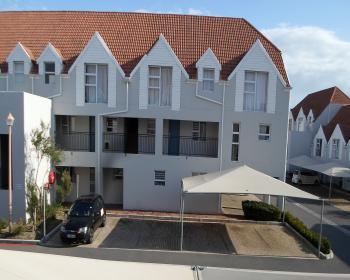 2 Bedroom Apartment For Sale In Gordons Bay Helderberg