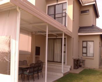 2 Bedroom Duplex For Sale In Lillyvale Bloemfontein
