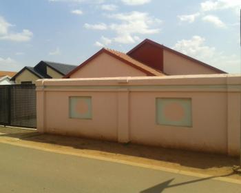 3 Bedroom House For Sale In Protea Glen, Johannesburg