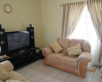 2 Bedroom Flat For Sale In Parklands, West Coast