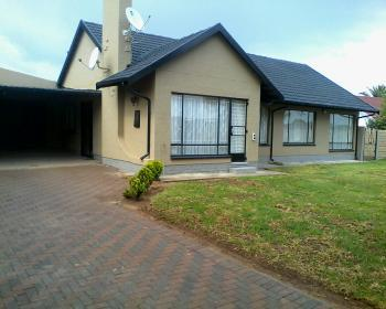4 Bedroom House For Sale In Rondebult Germiston
