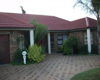 4 Bedroom House For Sale In Parow Northern Suburbs