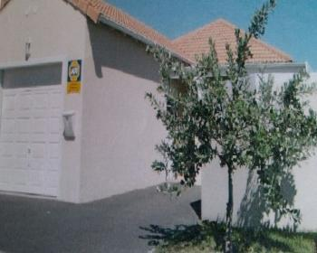 2 Bedroom House For Sale In Tableview West Coast
