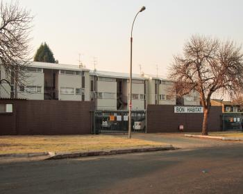 1 Bedroom Flat For Sale In Kempton Park, East Rand