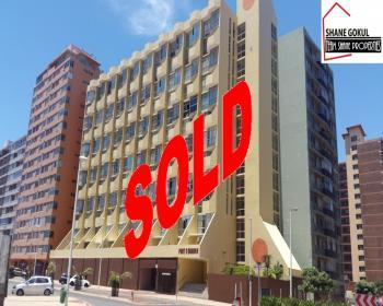 2 Bedroom Flat For Sale In South Beach Durban City