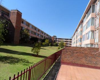 3 Bedroom Flat For Sale In Roodepoort, Johannesburg