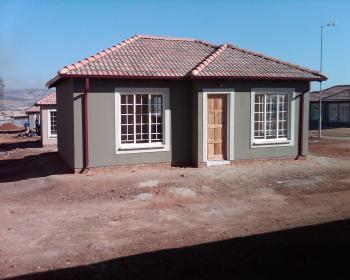 2 Bedroom House For Sale In Northern Pretoria, Pretoria