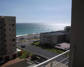 2 Bedroom Apartment For Sale In Blouberg, West Coast