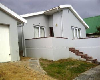 3 Bedroom House For Sale In Noordhoek, Southern Peninsula