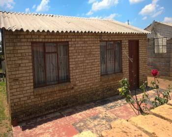 2 Bedroom House For Sale In Dobsonville, Johannesburg