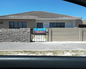 3 Bedroom House For Sale In Crawford Southern Suburbs