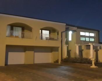 5 Bedroom House For Sale In Cape Flats