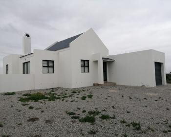 3 Bedroom House For Sale In Velddrif, West Coast