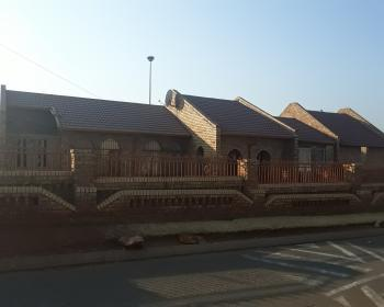 3 Bedroom House For Sale In Vosloorus Boksburg