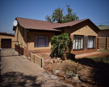 3 Bedroom House For Sale In Danville Pretoria