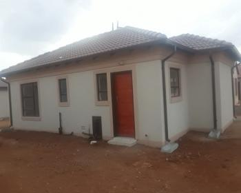 2 Bedroom House For Sale In East Rand