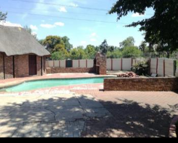 4 Bedroom House For Sale In Mountainview Pretoria