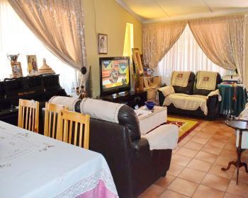 3 Bedroom House For Sale In Clemont Pretoria Western Pretoria