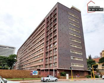 2 Bedroom Flat For Sale In Point - Harbour, Durban City
