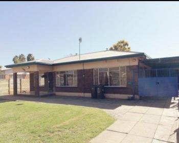 3 Bedroom House For Sale In Booysens Pretoria West