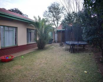 3 Bedroom House For Sale In Pretoria West Clemont