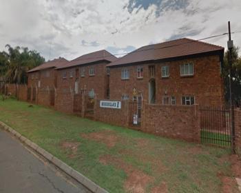 2 Bedroom Flat For Sale In Amandasig Pretoria