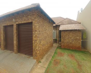3 Bedroom House For Sale In Dorandia Pretoria North