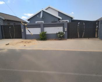 3 Bedroom House For Sale In Rosslyn Pretoria