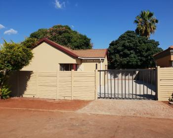 3 Bedroom House For Sale In Orchards Pretoria North