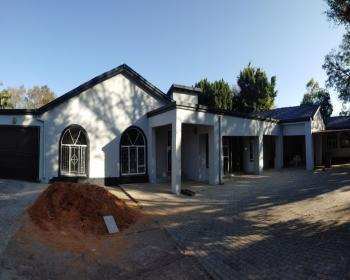 5 Bedroom House For Sale In The Orchards Pretoria